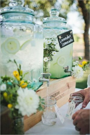 lavender-lemonade-drink-dispenser-for-outdoor-garden-wedding